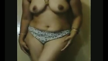 My Wife Big Boobs  Desi Aunty