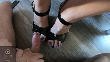 My gf wants her shoes and feet covered by cum