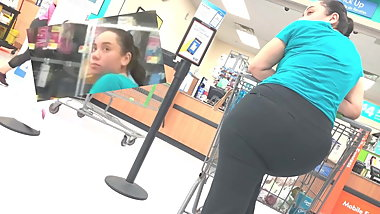 Mexican Woman Pushing Leggings With Phat Ass