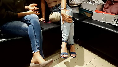 candid fr's sexy feets toes in high heels