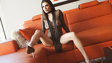 Darcie Dolce in The Spinner
