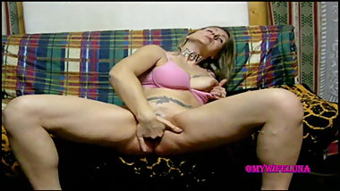 Luna masturbates before getting fucked