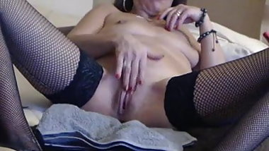 French Cougar Camgirl