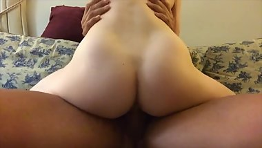19 YEAR OLD COLLEGE TEEN GIRL RIDING BIG COCK AMATEUR