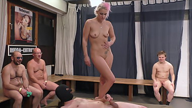 Cony Clay: Massage before gangbang