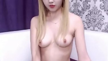 tiny asian girl tits