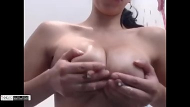 Fantastic lactating milk tits on latina