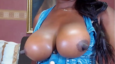 BBW Big nipples hot