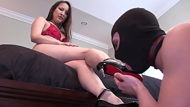 Foot worship for Asian mistress