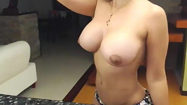 Beautiful Titties Showing Indian Looking Teen